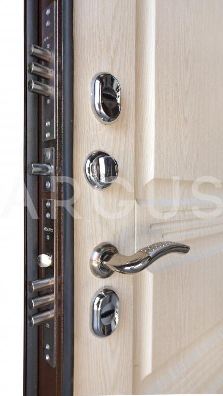 теплые входные сейф двери